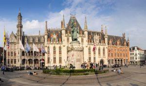 pochemu mnogie turisty stremyatsya v bryugge 1 300x177 Почему во время пребывания в Бельгии многие туристы стремятся в Брюгге?